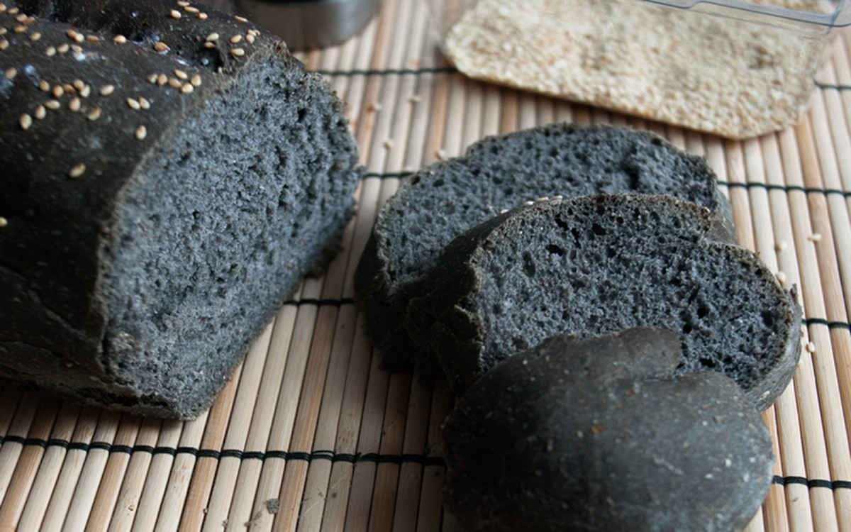 Basic Black Bread [Vegan] | One Green Planet | Vegan Coyote